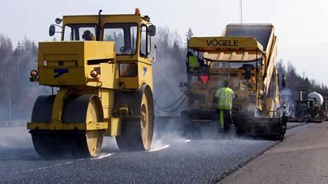 Korjaukset keskittyvät tänä vuonna vilkkaimman tieverkon ylläpitoon.