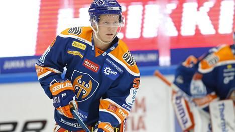 Juho Rautanen on pelannut Tapparassa kahdeksan liigaottelua tehoin 0+0.