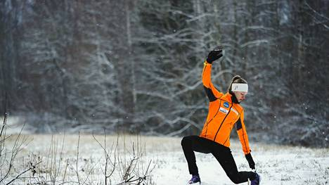 Eveliina Piippo valmistautui harjoituksiin kotimaisemissaan Pirkkalassa 2018.