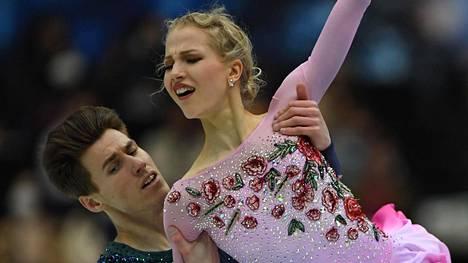 Mathias Versluis ja Juulia Turkkila vauhdissa Japanissa.