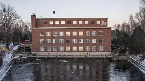 Humalaisen miehen päähänpiston seurauksena Vaajakosken Naissaaren voimalaitos pysähtyi kokonaan.