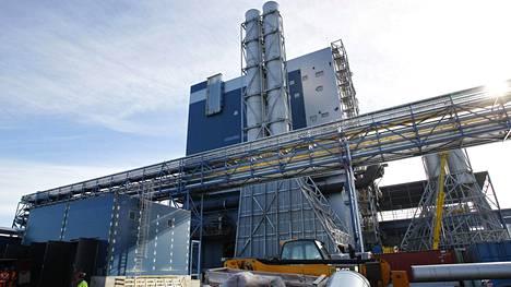 Tornion terästehtaalla sulatettiin romumetallin seassa viisi kertaa säteilylähteitä, jossa radioaktiivinen aine oli amerikium (Am-241) ja kerran sulatukseen joutui bariumia (Ba-133).