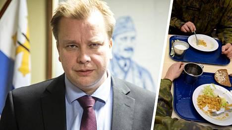 Antti Kaikkonen (kesk) alkoi saada keväällä yhteydenottoja varusmiehiltä ja varsinkin varusmiesten huolestuneilta äideiltä armeijan ruoka-annoksista.