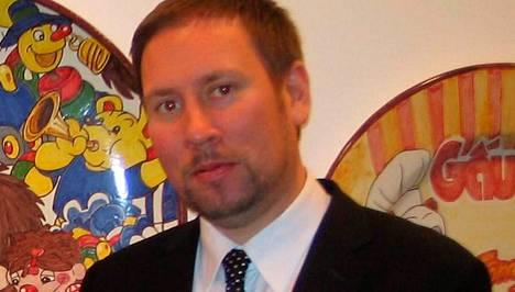 Ministeri Arhinmäki saa kuulla toilailuistaan mm. kansanedustajatovereilta.