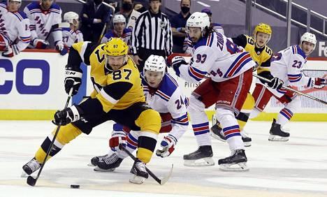 Sidney Crosbyllakin oli täysi työ Kakon kanssa.