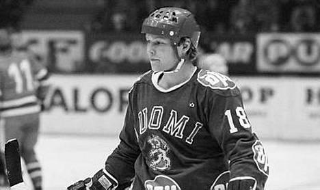 Erkki Laine debytoi maajoukkueessa jo 1970-luvulla.