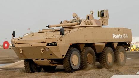 Suomen suurin vientiluokka vuosittain on ollut sotilasajoneuvot, erityisesti panssariajoneuvot. Kuvassa Patrian valmistama AMV-vaunu.