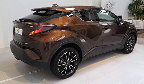 Toyota CH-R haastaa mm. Nissan Juken.