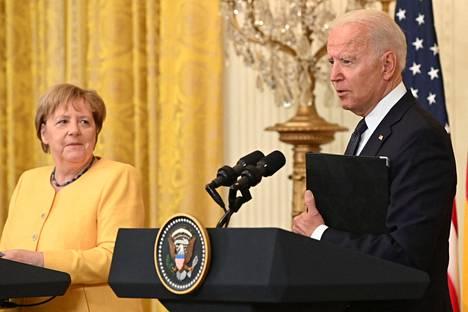 Yhdysvaltain presidentti Joe Biden ja Saksan liittokansleri Angela Merkel tapasivat torstaina Washingtonissa.