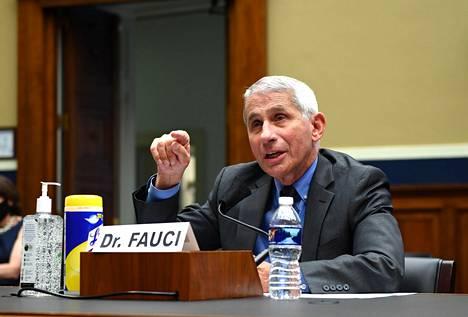 Fauci saa myös äänensä kuuluviin kongressin kuulemisissa.