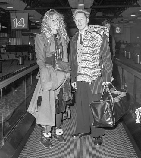 Nora Forster ja John Lydon ovat olleet yhdessä nuoruudesta asti.