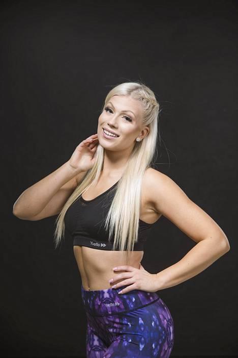 Meri Turunen kertoo Instagramissa, ettei hänen oireitaan otettu tosissaan hänen hyvän kuntonsa ja nuoren ikänsä vuoksi.