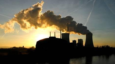 Uniperin voimalaitos lähellä Frankfurtia.