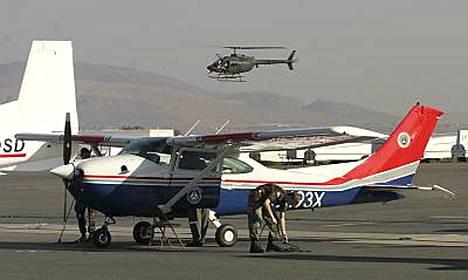 Nevadan ilmavoimat ovat etsineet Fossettia laajalta alueelta.