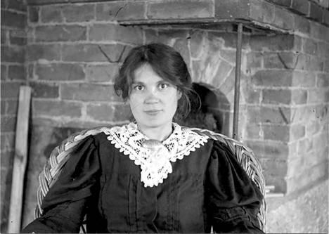 Kirjailija Anni Swan (1875–1958) oli Kotavuoren ensimmäinen emäntä.