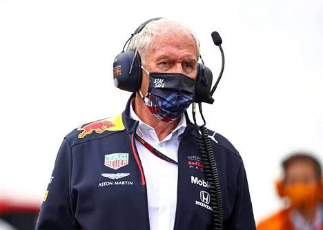 Helmut Marko tuntee hyvin Sebastian Vettelin ja F1-kuviot ylipäätään.