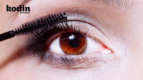 3 nyrkkisääntöä, jotka ripsiväristä on tiedettävä – näillä pidät silmät ja ripset kunnossa