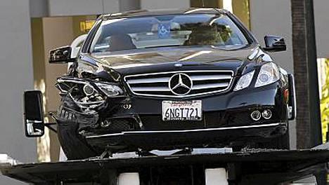 Chasen löydettiin kuolleena lyhtypylvääseen törmänneestä autostaan Sunset Boulevardin varrella. Häntä oli ammuttu useita kertoja rintaan.