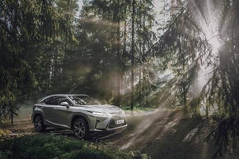 Iiro Rautiaisen Lexus.