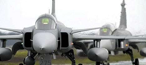 Ruotsi lähetti ensimmäiset kolme Jas-hävittäjäänsä Libya-operaatioon lauantaina.