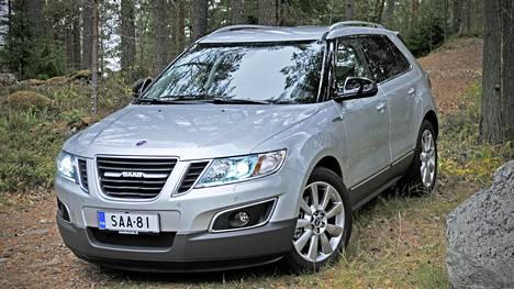 Saabin viimeiseksi jäänyttä SUV-mallia valmistettiin pieni määrä ainoastaan Meksikossa. Pituudeltaan 4,8-metrinen 9-4X on samaa kokoluokkaa kuin esimerkiksi Volvo XC90.