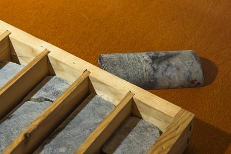 Sotkamo Silverin kairasydämiä, eli näytteitä maaperästä.