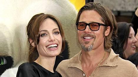 Angelina Jolie ja Brad Pitt haikailevat lisää lapsia.