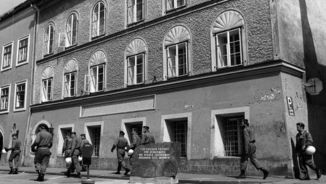 Natsijohtaja Adolf Hitlerin kotitalo sijaitsee Braunau am Innissa Itävallassa.