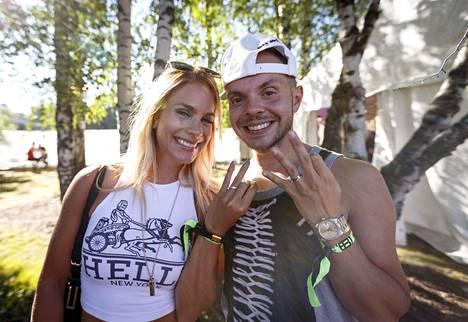 """Eevi Teittinen ja Dan """"Uniikki"""" Tolppanen kihlautuivat viime elokuussa."""