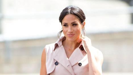 Sussexin herttuatar Meghania voi nimittää yhdeksi maailman muotivaikuttajien kärkihahmoista.
