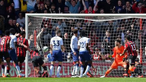 Bournemouth kaatoi Tottenhamin lukemin 1-0.
