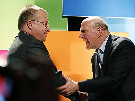 Stephen Elop ja Steve Ballmer.