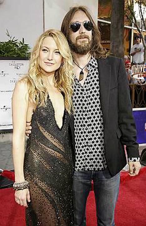 Kate Hudson asuu jälleen Chris Robinsonin kanssa.