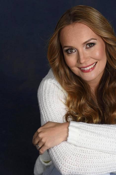 Marja Hintikka paljasti YleX:n haastattelussa viime viikolla, että Ylen ohjelmapalaute meni tukkoon jo ennen kuin ensimmäistäkään jaksoa oli ehditty esittää. Palautteissa vaadittiin ohjelman lopettamista.