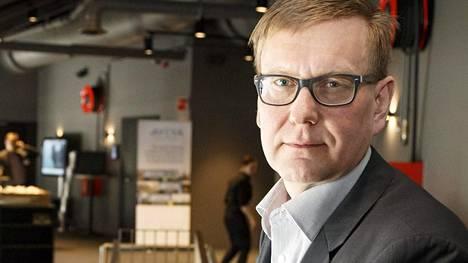Ylen vastaavan päätoimittajan Atte Jääskeläisen toimintaa on kritisoitu voimakkaasti Sipilä-uutisoinnissa.