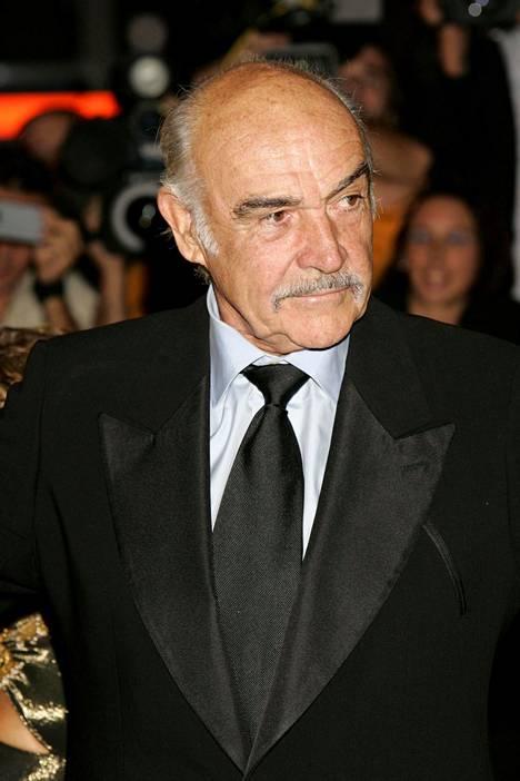 Connery jäi eläkkeelle näyttelemisestä vuonna 2006.