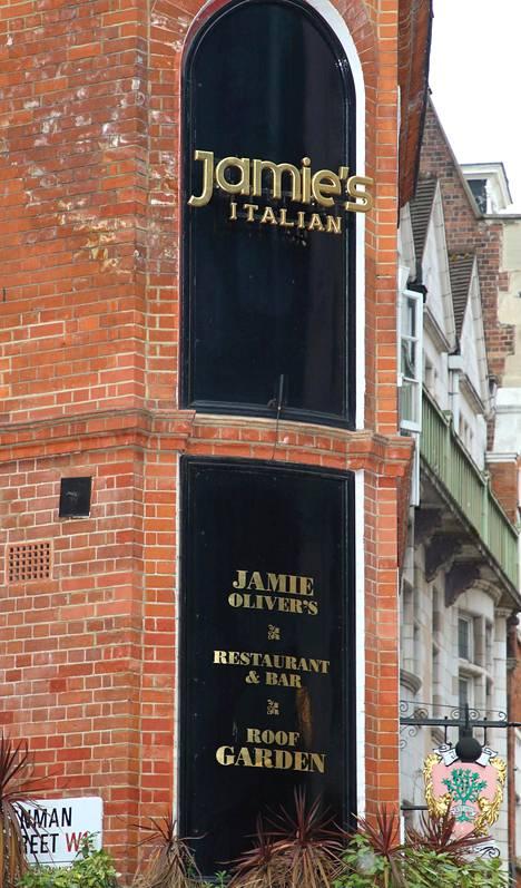 Oliverin ravintolat sulkivat ovensa toukokuussa. Kuva Lontoossa sijaitsevasta ravintolasta.