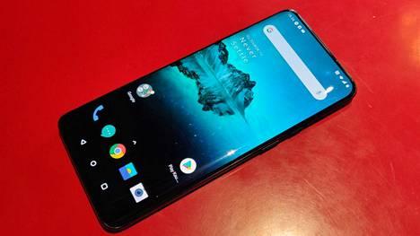 OnePlus 7 Pro oli yksi listojen uusista puhelimista. Valmistajan on uskottu hyötyvän Huawein ahdingosta.