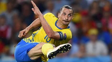 Zlatan Ibrahimovic siirtyy Manchester Unitediin.