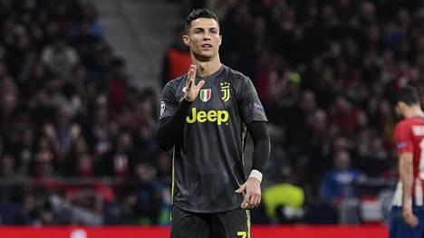 Cristiano Ronaldon eleet nousivat puheenaiheeksi – ylpeili vastustajan faneille, sai niskaansa vihamyrskyn