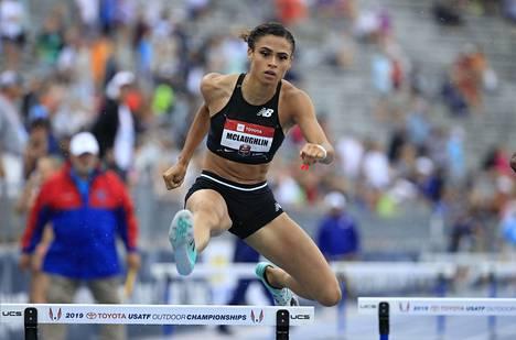 19-vuotias Sydney McLaughlin sijoittui 400 metrin aidoissa USA:n kansallisissa mestaruukisoissa toiseksi.