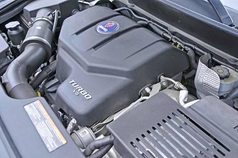 Moottorina Aero-versiossa ahkeroi 2,8-litrainen turboahdettu V6.