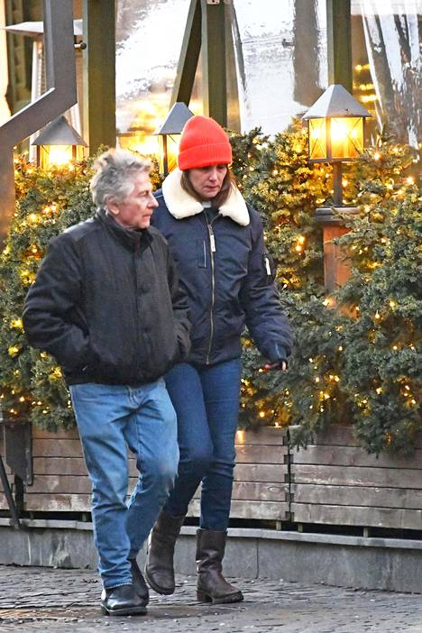 Polanski on naimisissa näyttelijä Emmanuelle Seignerin kanssa. Pari avioitui 1989.
