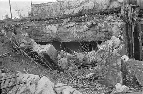 Talvisodassa käytetty bunkkeri kuvattuna jatkosodan alkupuolella vuonna 1941.
