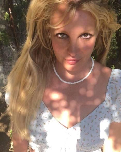 Britney Spears on ollut viime aikoina kuin haamu suuren yleisön tuntemasta poptähdestä.