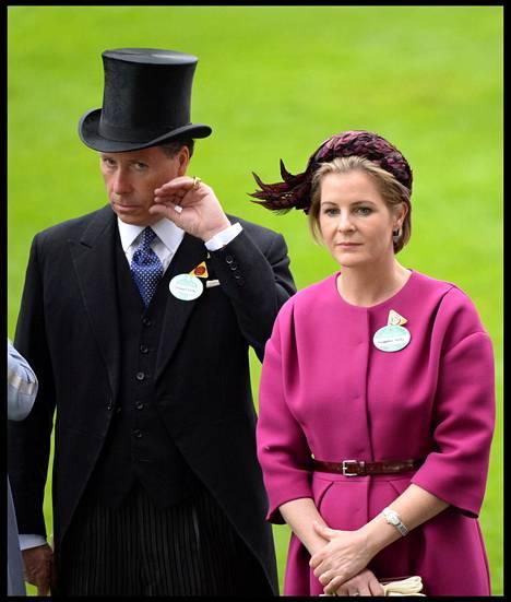 David Armstrong-Jones ja hänen Serena-puolisonsa avioituivat vuonna 1993.