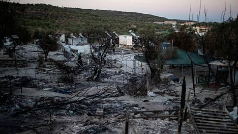 Morian leiri paloi maan tasalle.