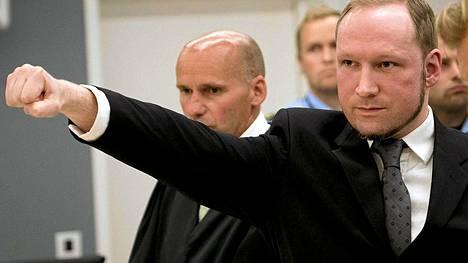 Anders Behring Breivik oikeudessa vuonna 2012.