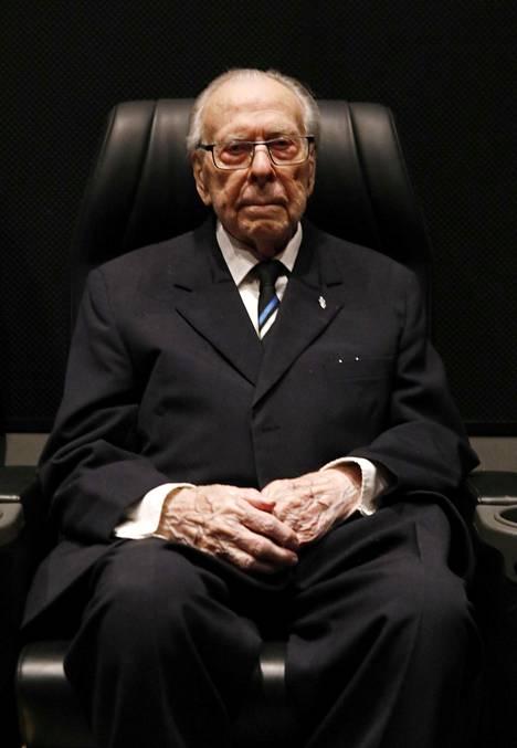 Evald Wiiburg on soomepoisid, Suomen puolella jatkosodassa taistellut virolainen vapaaehtoinen, jalkaväkirykmentti 200:n mies.