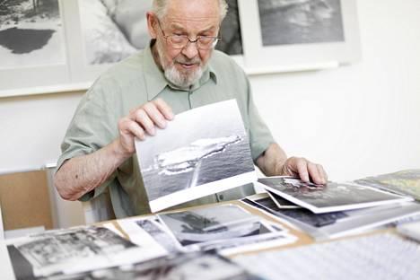 Per Olov Janssonia on kuvailtu suomalaisen valokuvataiteen kehittäjäksi.
